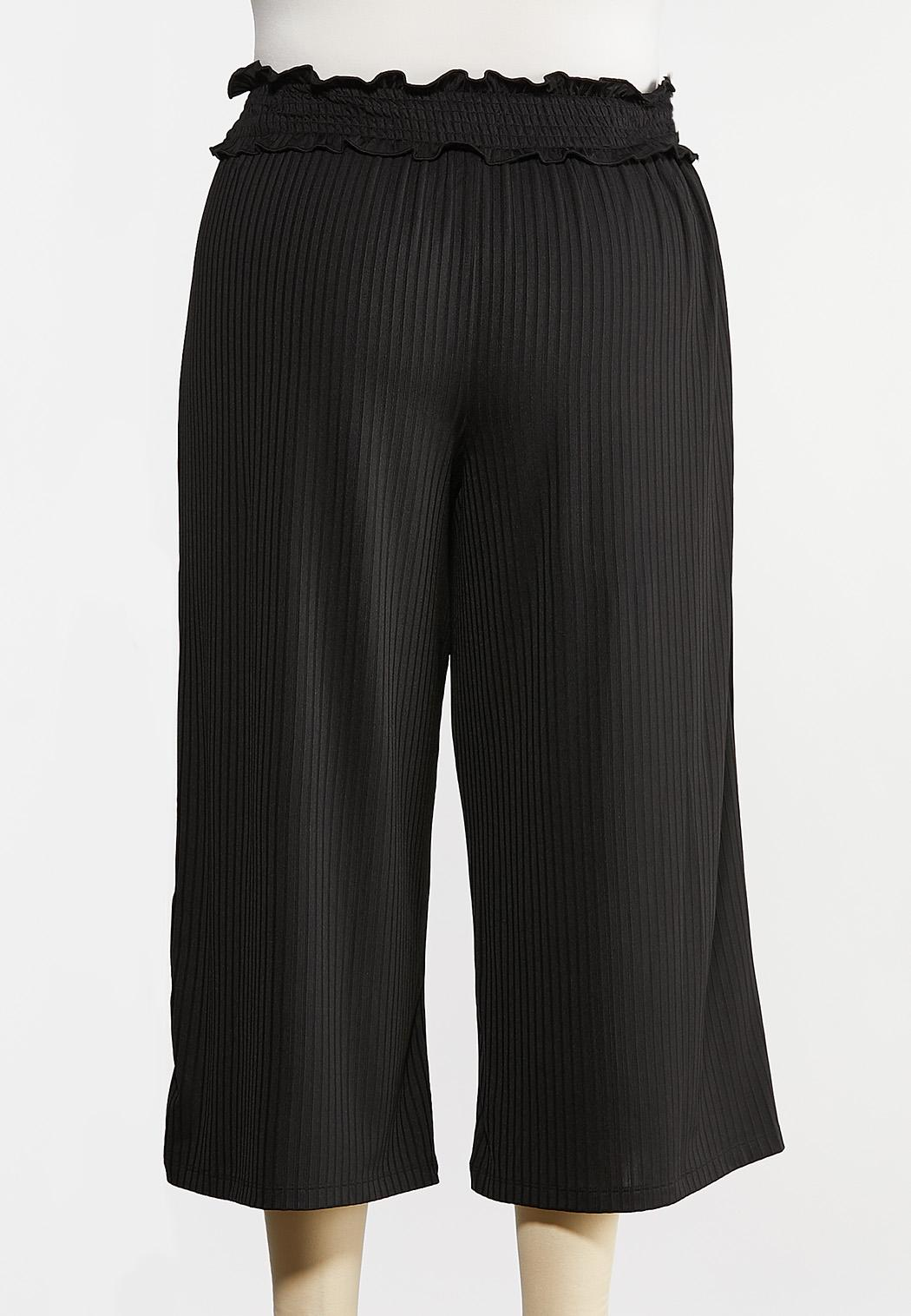 Plus Size Smocked Waist Crop Pants (Item #44269943)