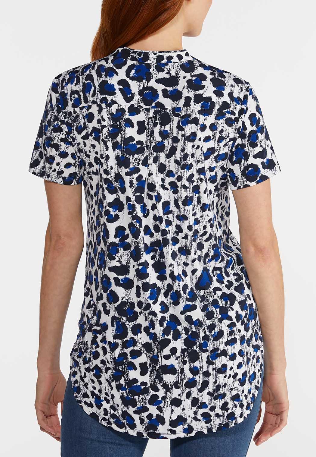 Plus Size Blue Leopard Top (Item #44270307)