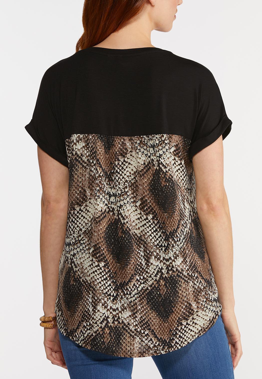 Plus Size Snake Pocket Top (Item #44291136)
