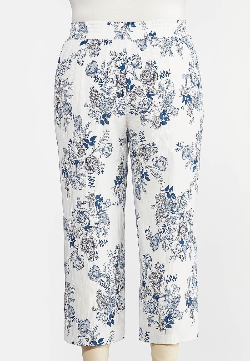 Plus Size Textured Floral Pants (Item #44291981)