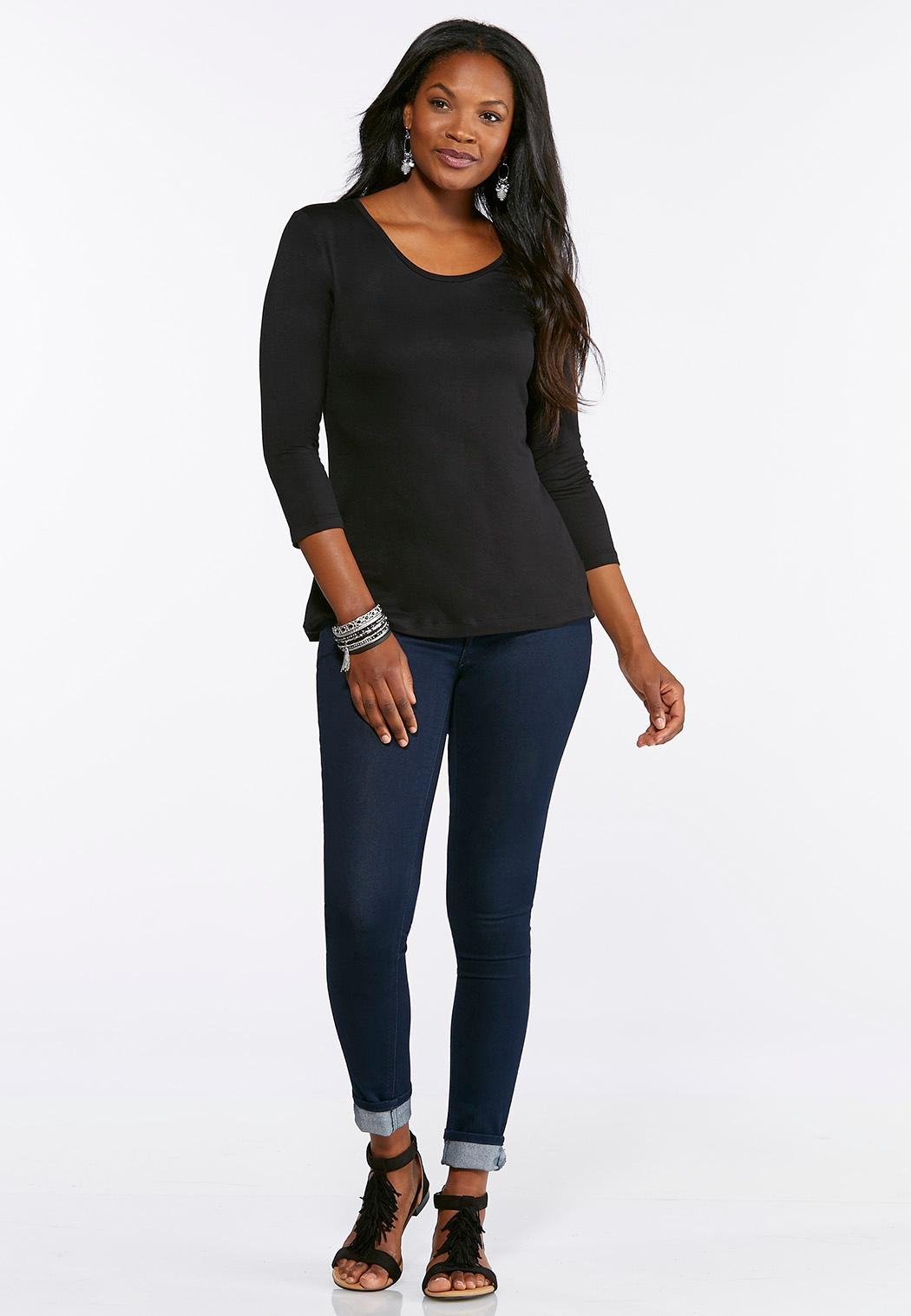 Plus Size Solid Scoop Neck Tee (Item #44297472)