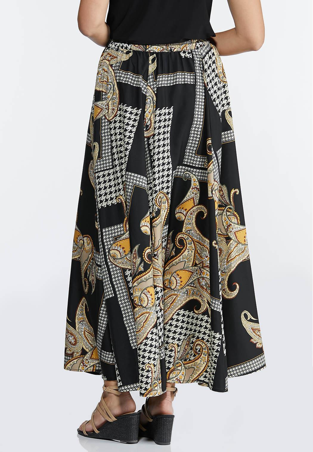 Plus Size Status Houndstooth Maxi Skirt (Item #44303810)