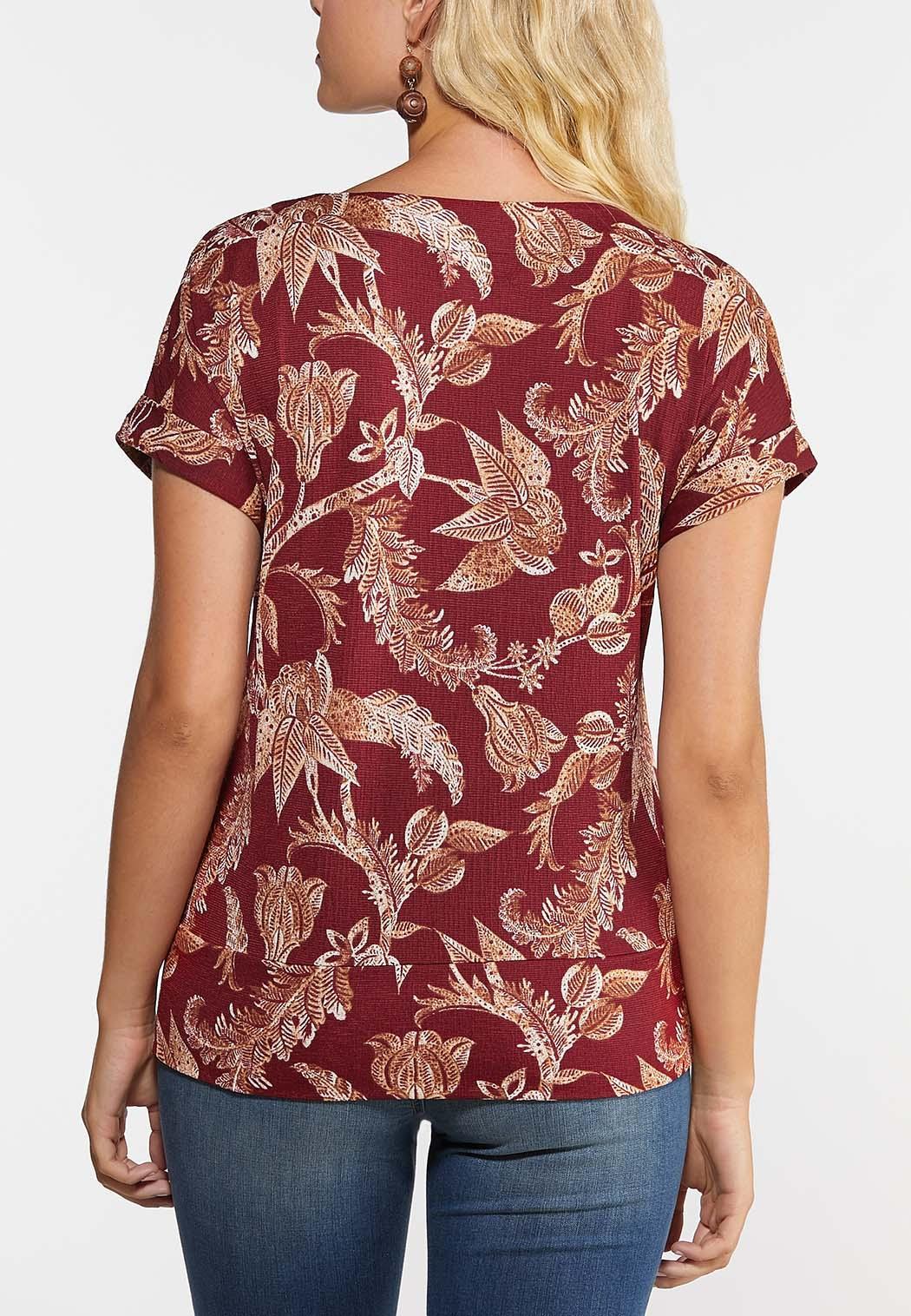 Plus Size Floral Button Hem Top (Item #44328664)