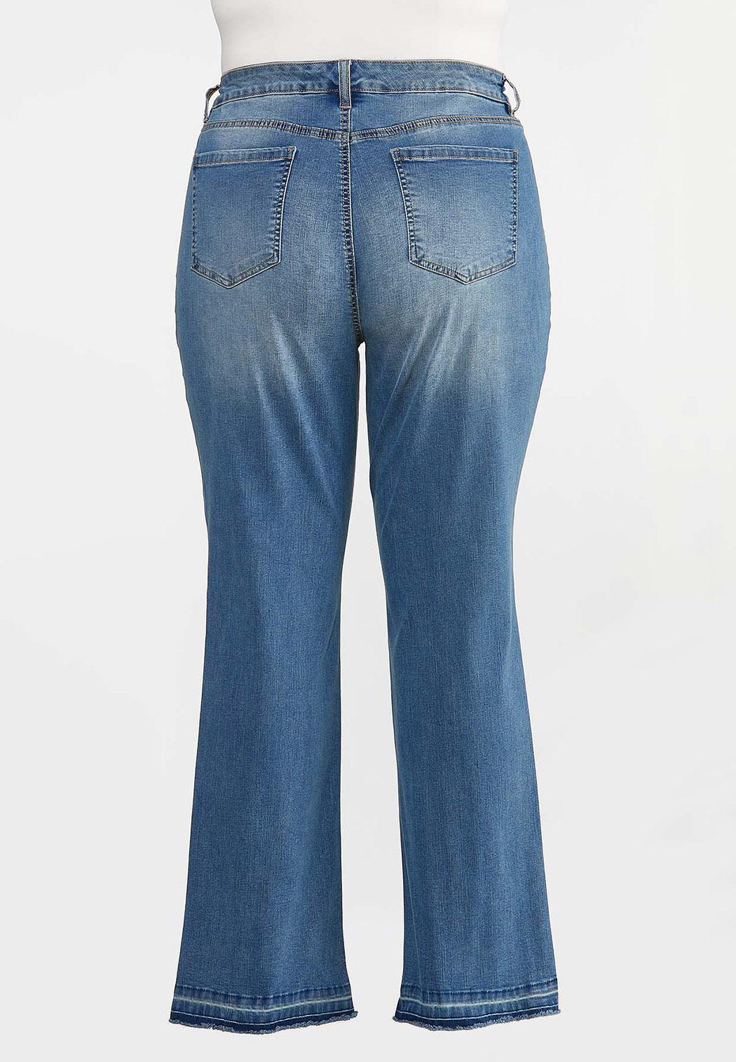 Plus Size Flare Raw Hem Jeans (Item #44330787)