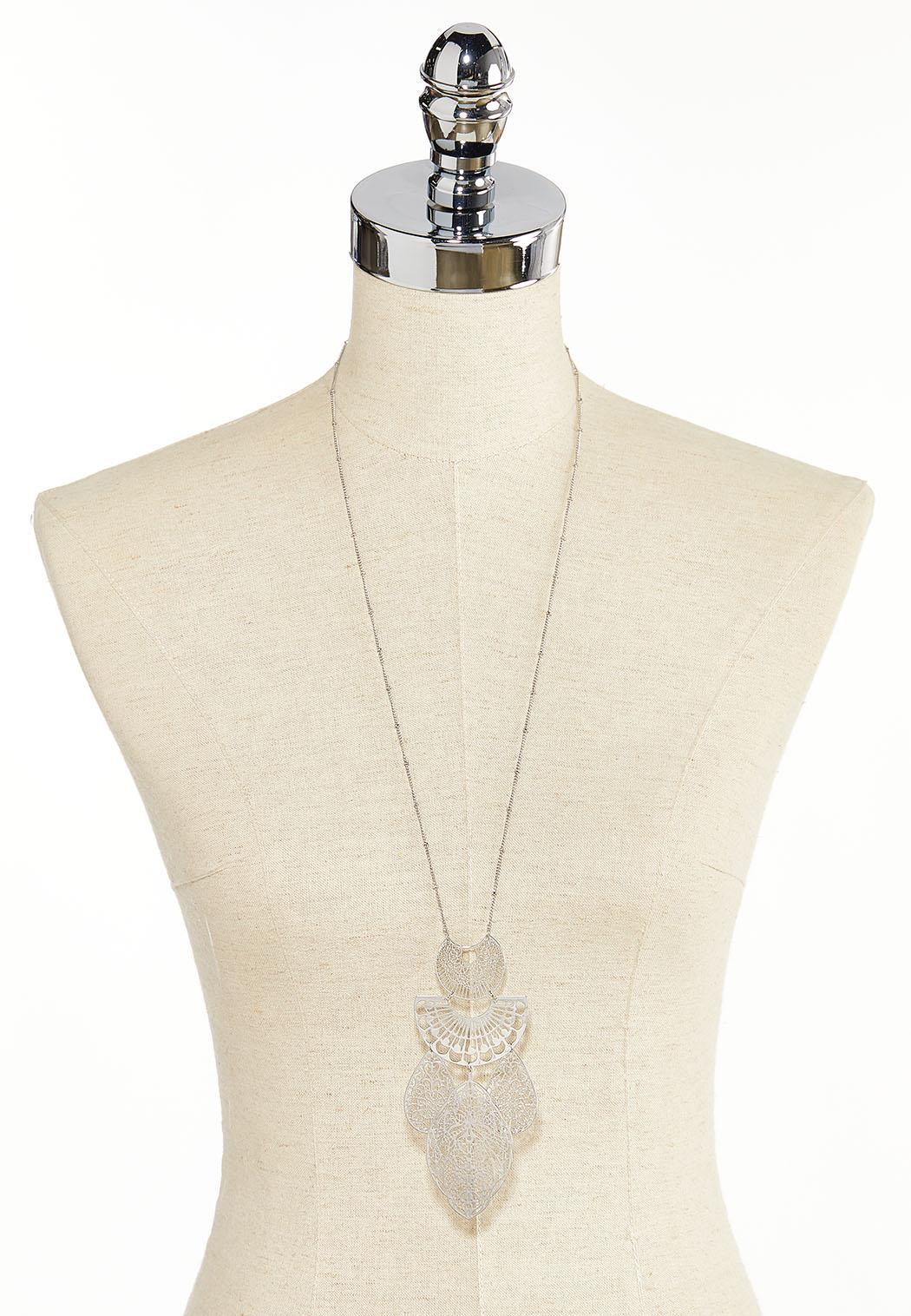 Filigree Pendant Necklace (Item #44383643)