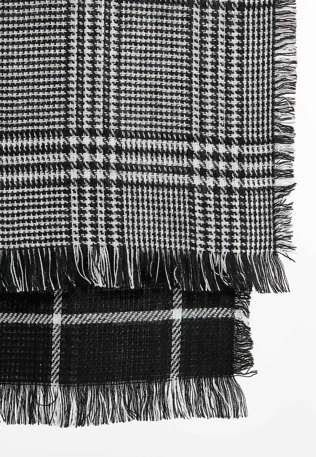 Black White Cold Weather Scarf (Item #44388514)