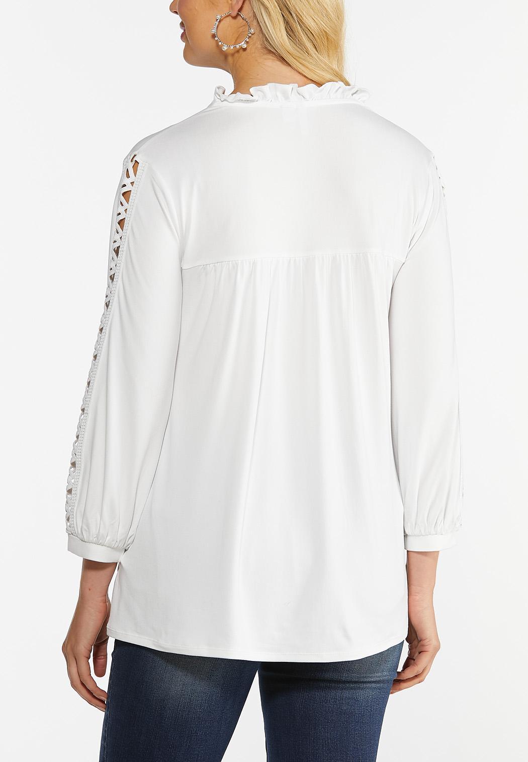 Plus Size Zig Zag Cutout Sleeve Top (Item #44392554)