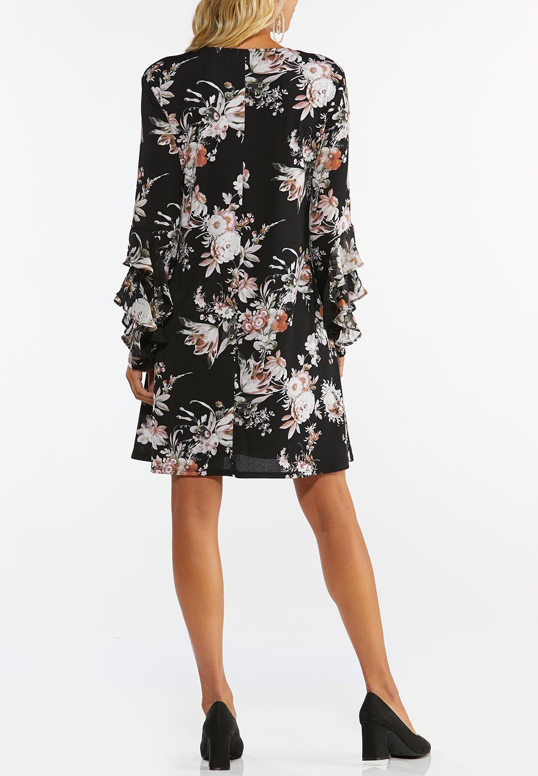Plus Size Ruffled Floral Swing Dress (Item #44402996)