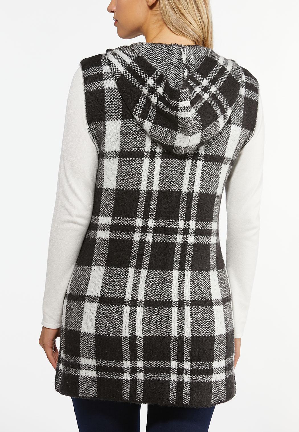 Plus Size Plaid Sweater Vest (Item #44406395)