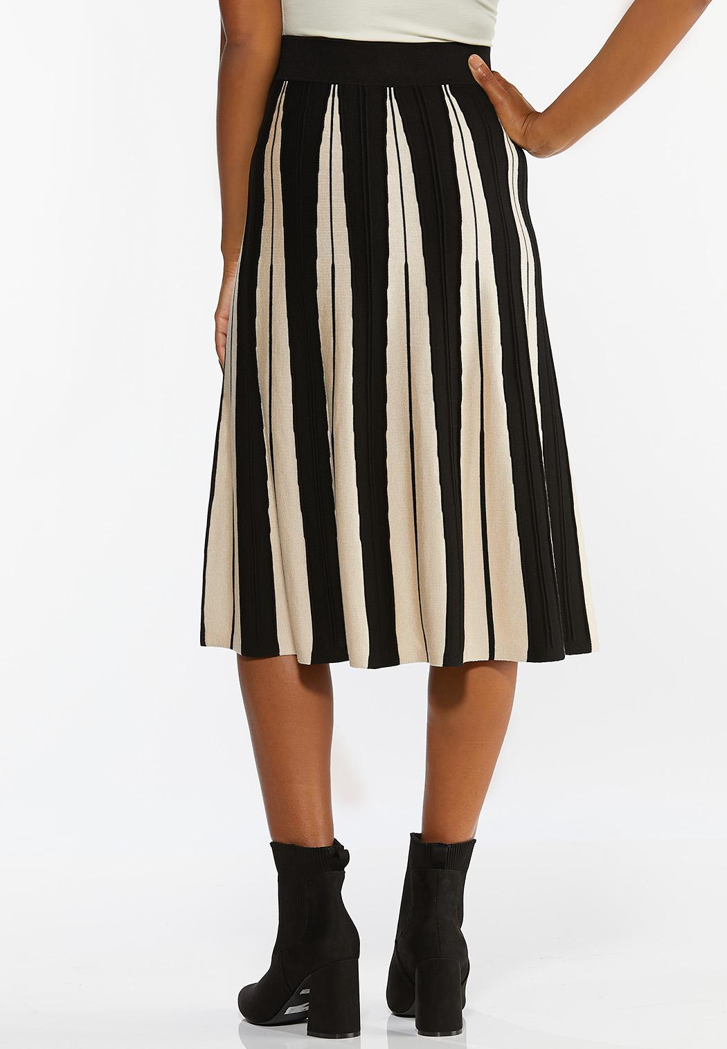 Plus Size Contrast Stripe Sweater Skirt (Item #44420343)