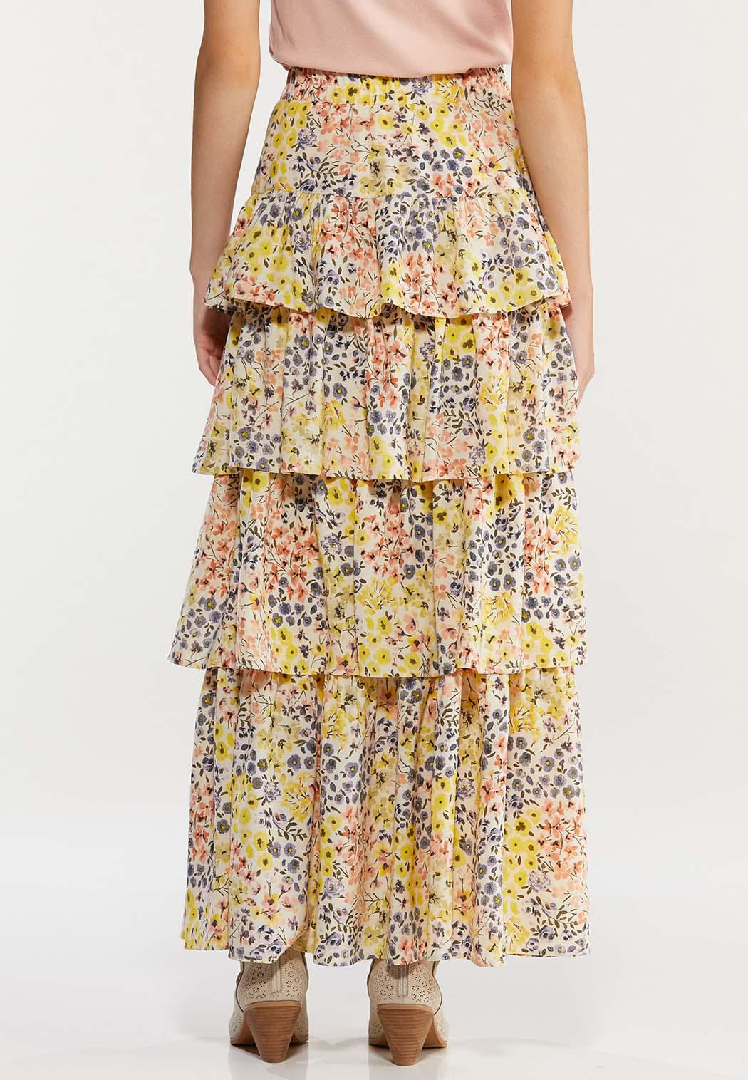 Plus Size Floral Tiered Maxi Skirt (Item #44467474)