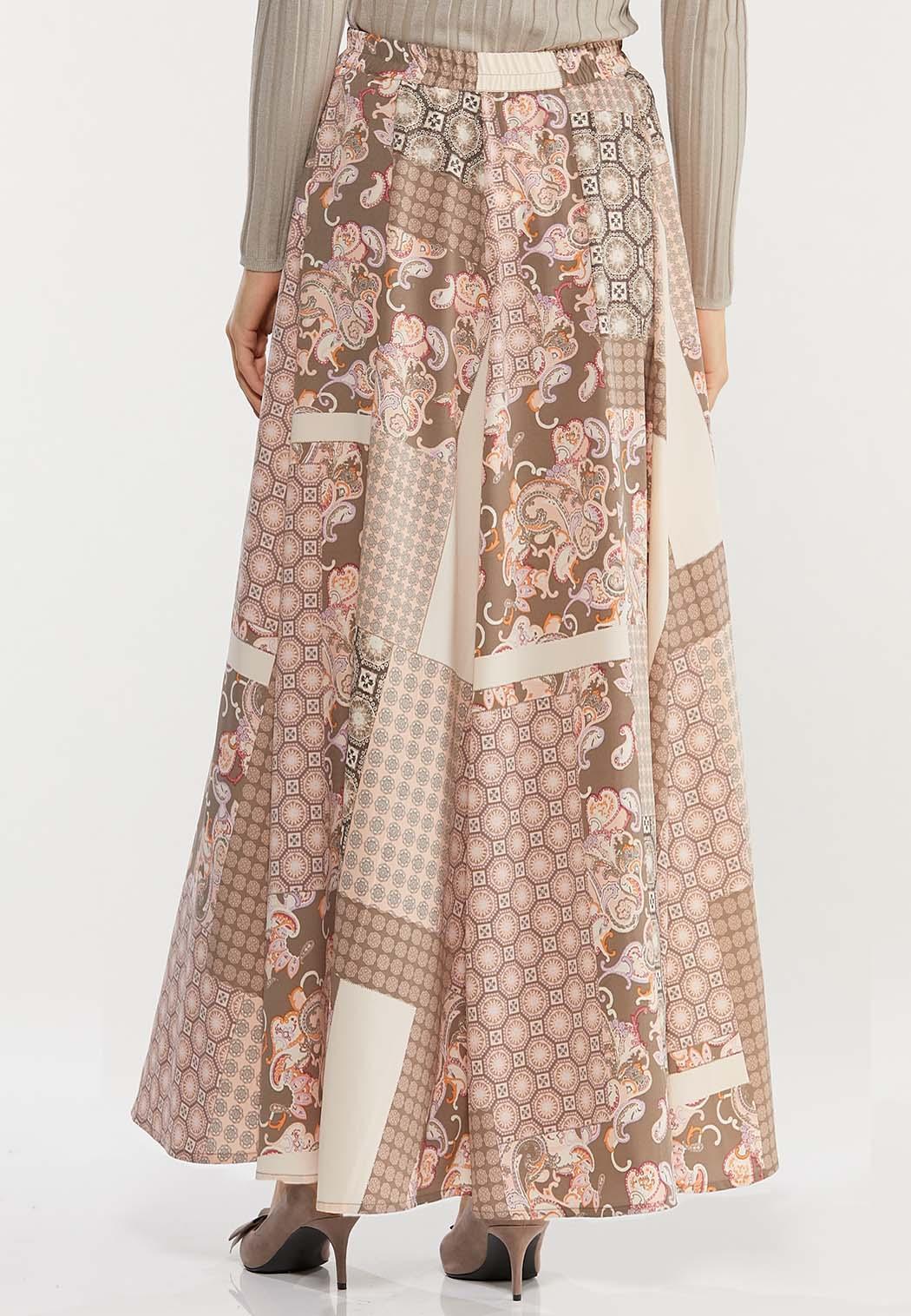 Plus Size Medallion Patchwork Maxi Skirt (Item #44468241)