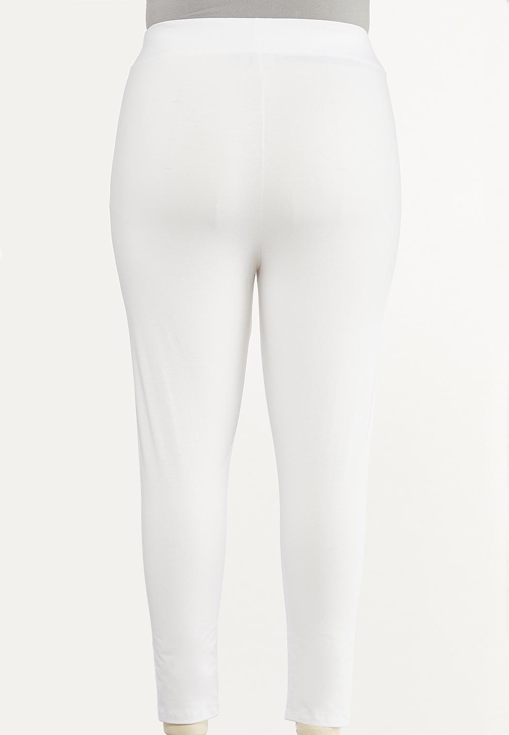 Plus Size Essential Cropped Leggings (Item #44470124)