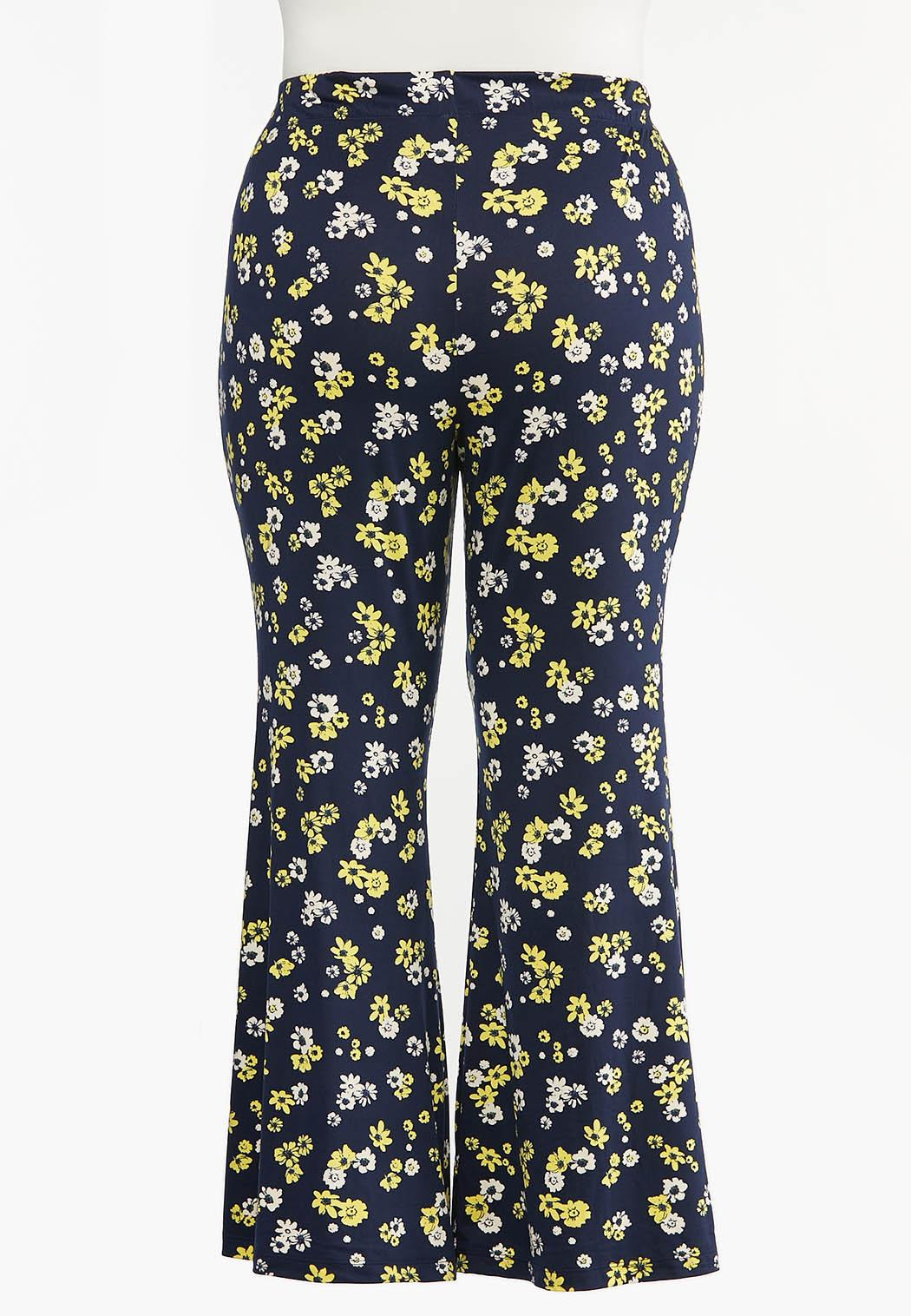 Plus Size Daisy Flare Pants (Item #44470208)