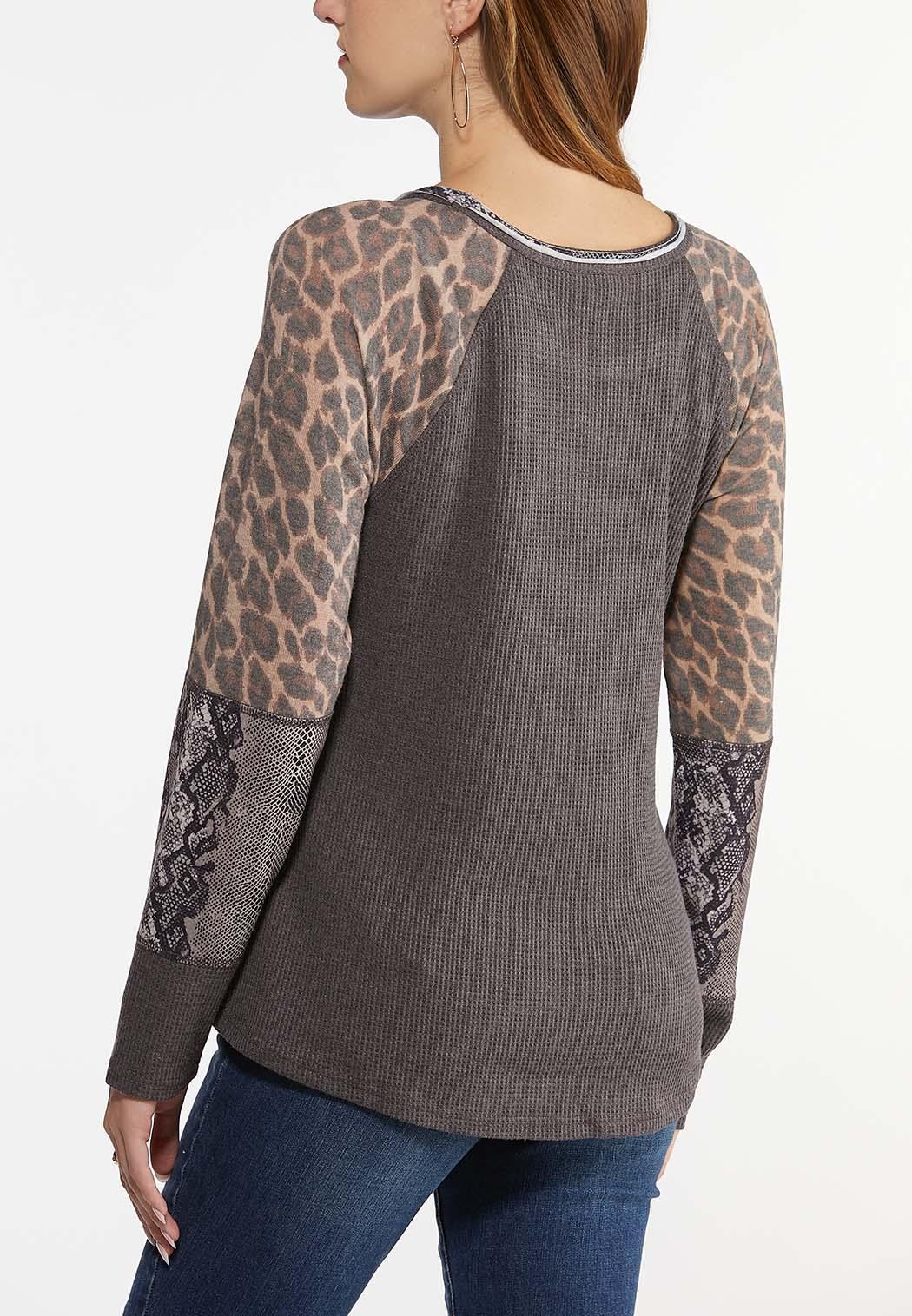 Plus Size Animal Sleeve Thermal Top (Item #44472230)