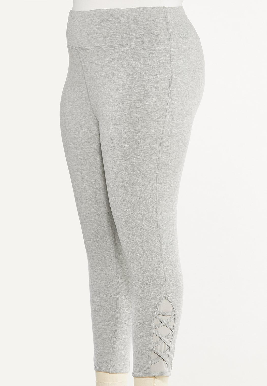Plus Size Cropped Criss Cross Leggings (Item #44477358)