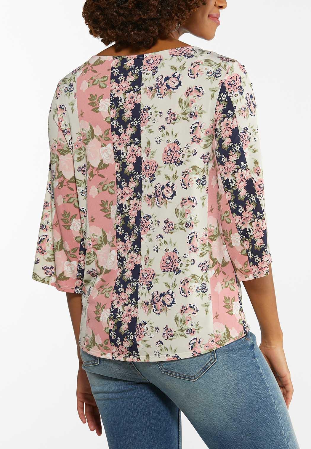 Plus Size Floral Cutout Sleeve Top (Item #44479724)