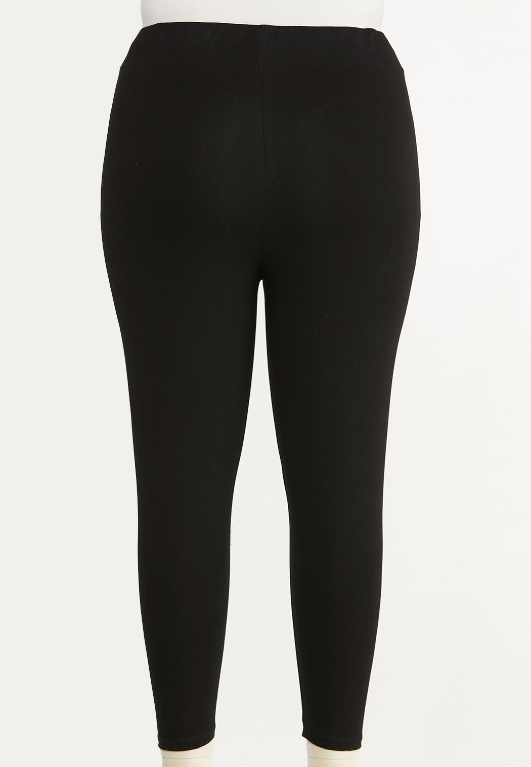Plus Size Essential Capri Leggings (Item #44493276)