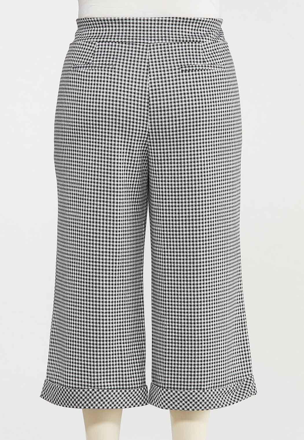Plus Size Cropped Gingham Pants (Item #44493387)