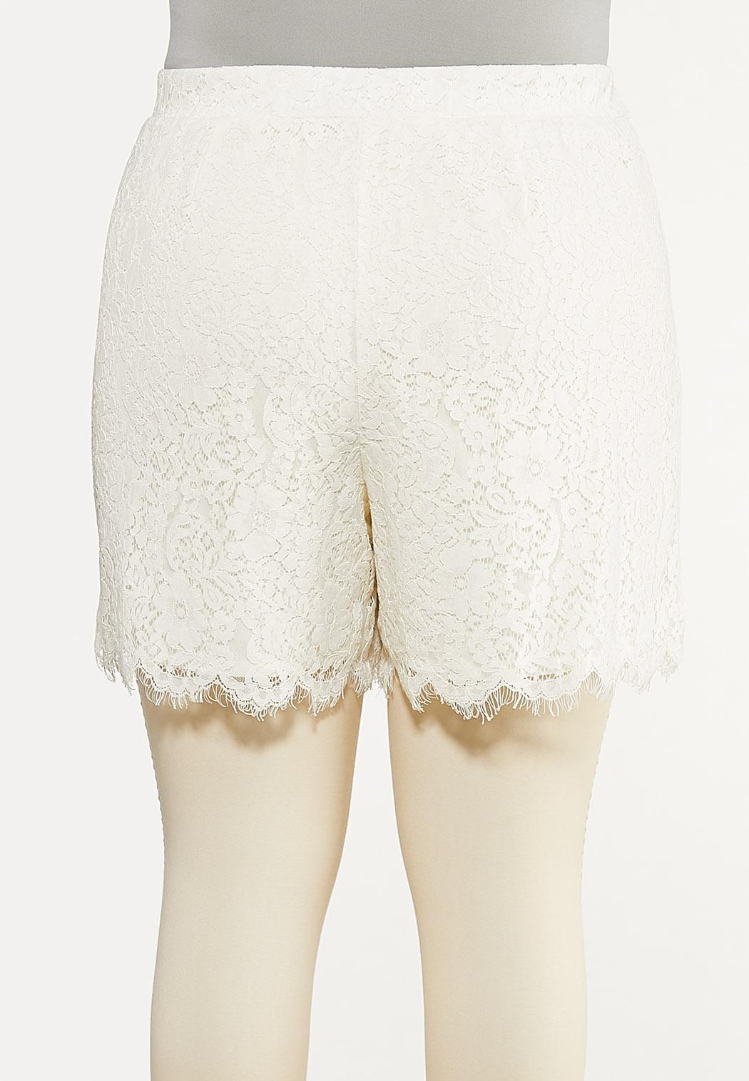 Plus Size Floral Lace Shorts (Item #44493434)