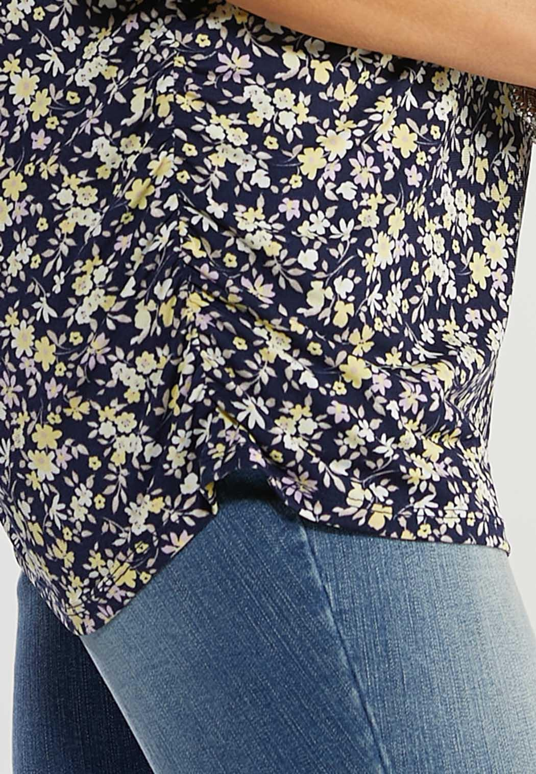 Plus Size Navy Floral Puff Sleeve Top (Item #44495845)
