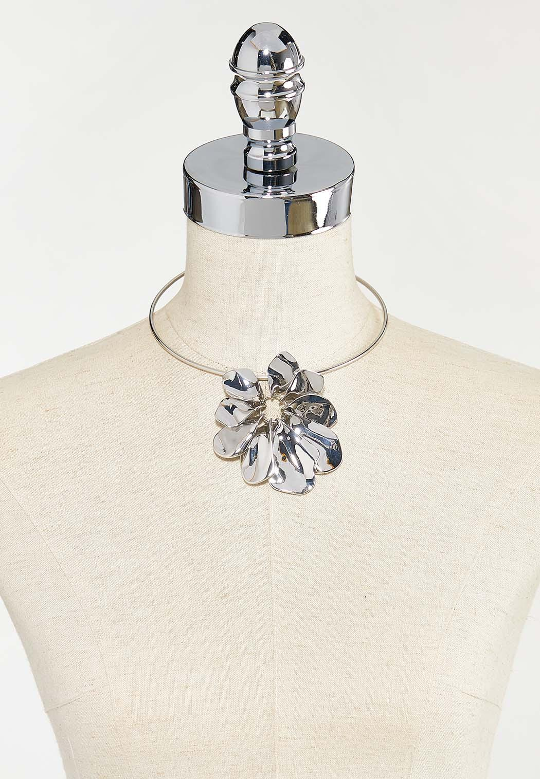 Metal Flower Wire Necklace (Item #44501378)