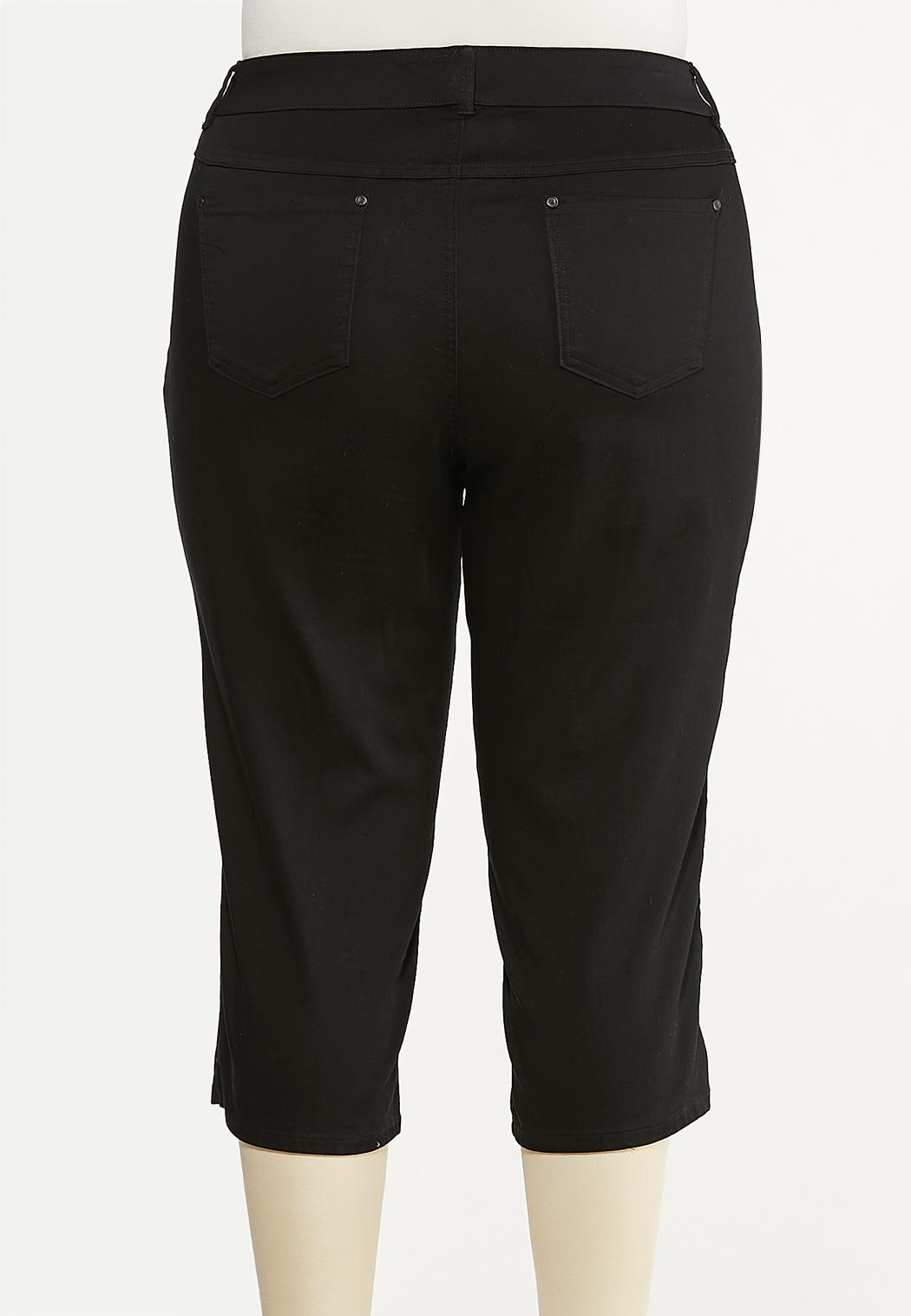 Plus Size Cropped Black Jeans (Item #44508366)