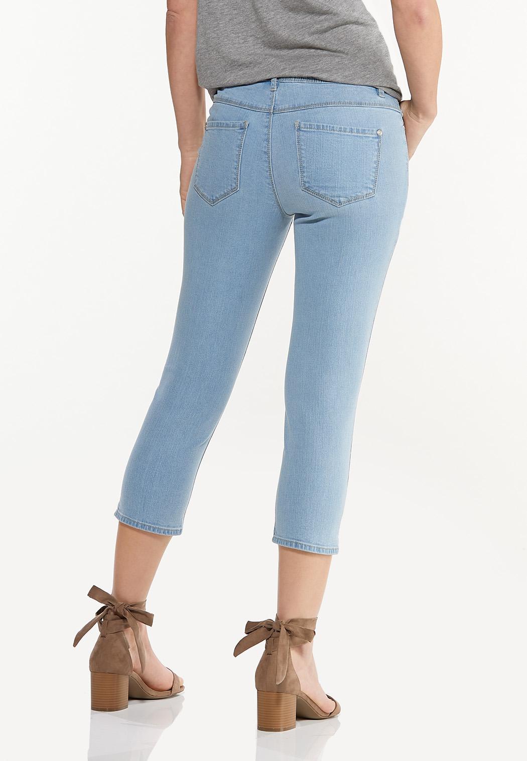 Cropped Lightwash Skinny Jeans (Item #44508482)
