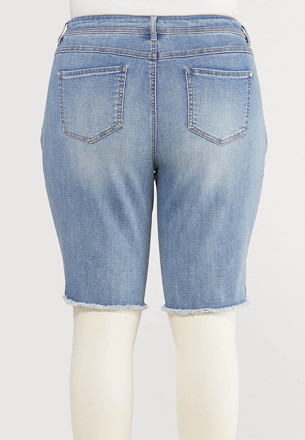 Plus Size Frayed Denim Bermuda Shorts (Item #44509339)