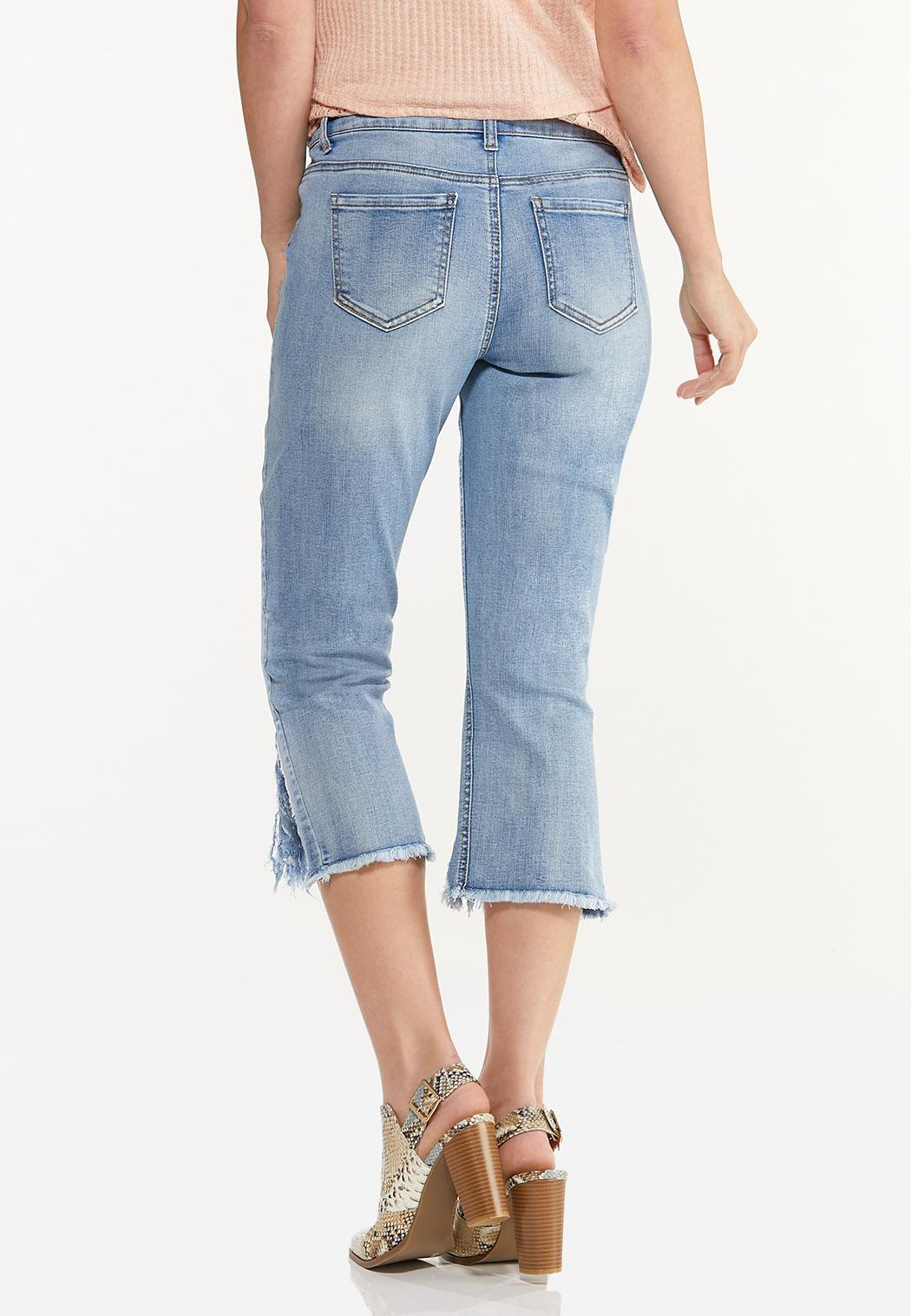 Twist Frayed Hem Cropped Jeans (Item #44513856)