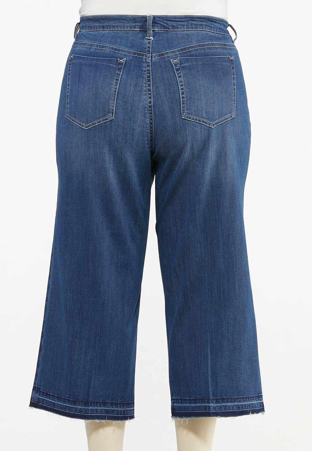 Plus Size Cropped Released-Hem Jeans (Item #44513923)