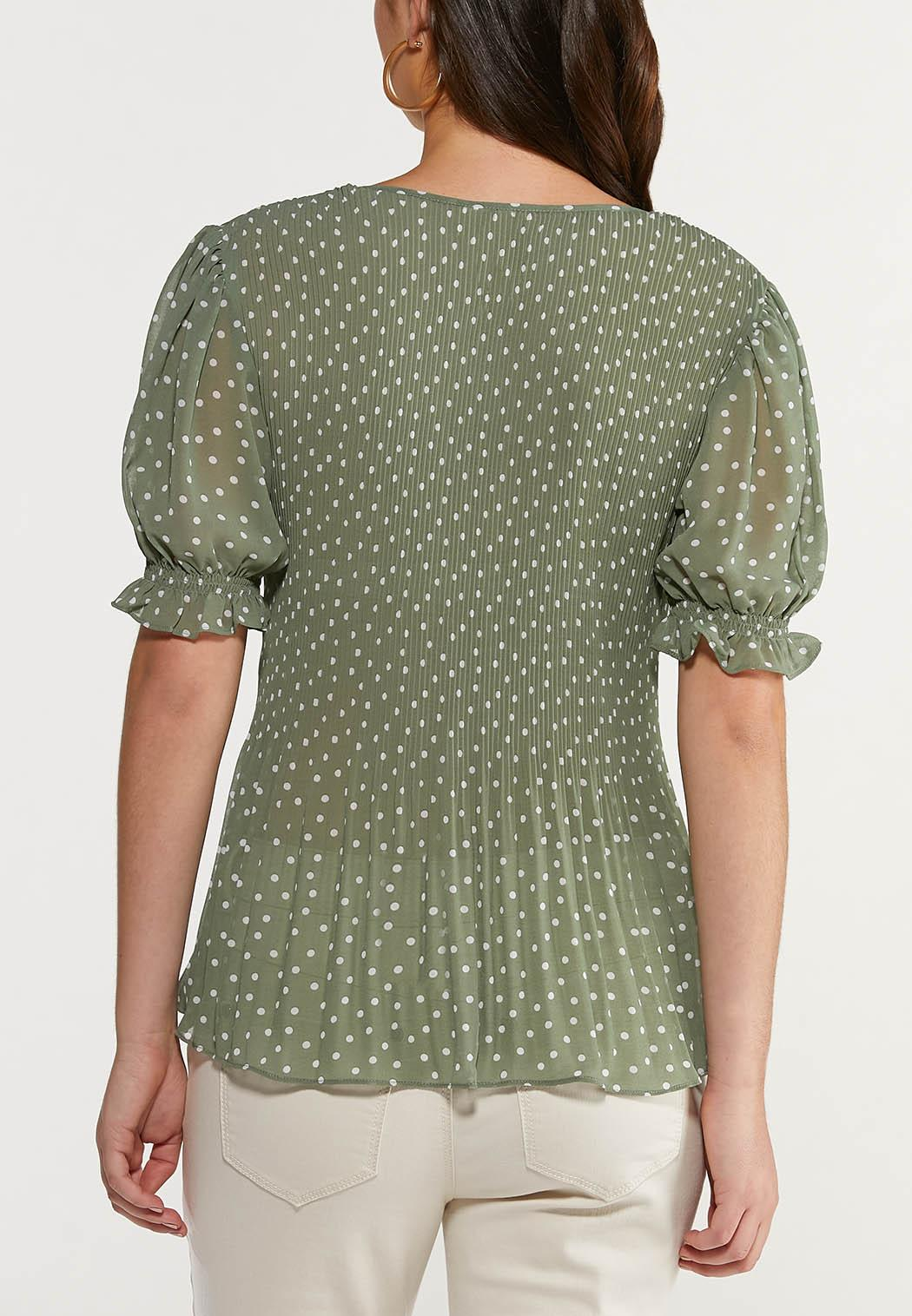 Plus Size Green Dotted Top (Item #44514906)