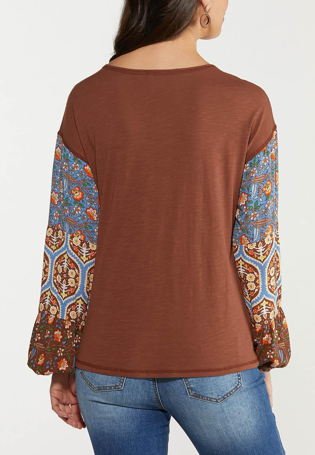 Plus Size Contrast Floral Sleeve Top (Item #44515592)