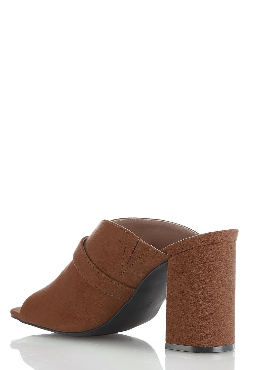 Dip V Buckle Slide Sandals (Item #44522985)
