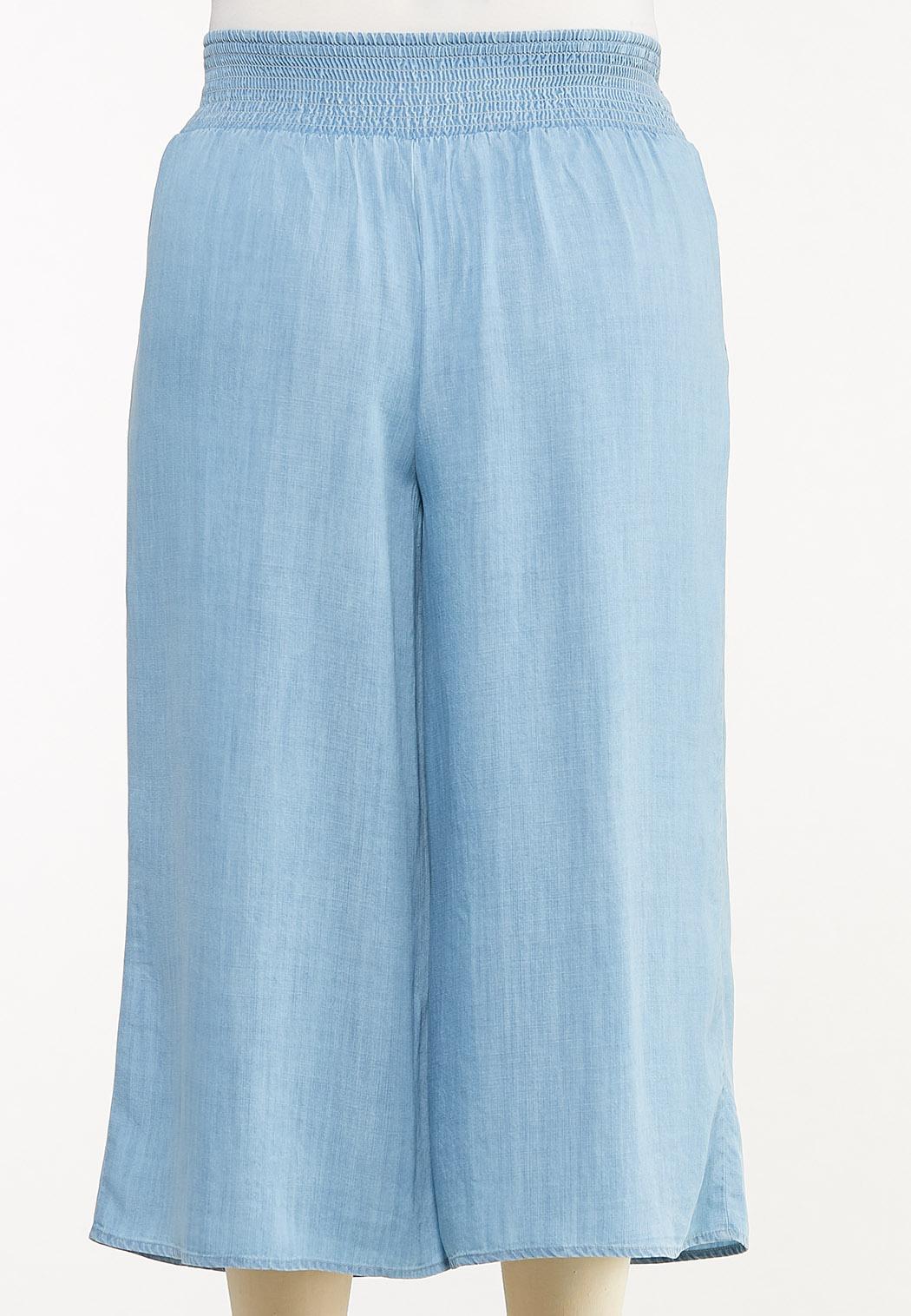 Plus Size Cropped Chambray Pants (Item #44524111)