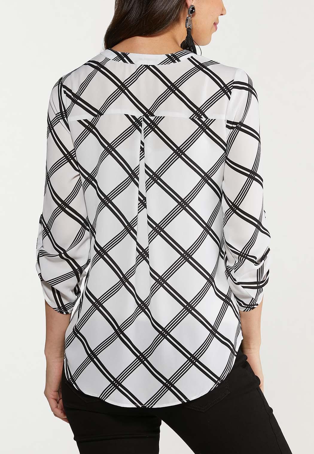 Plus Size Plaid Black And White Top (Item #44535590)