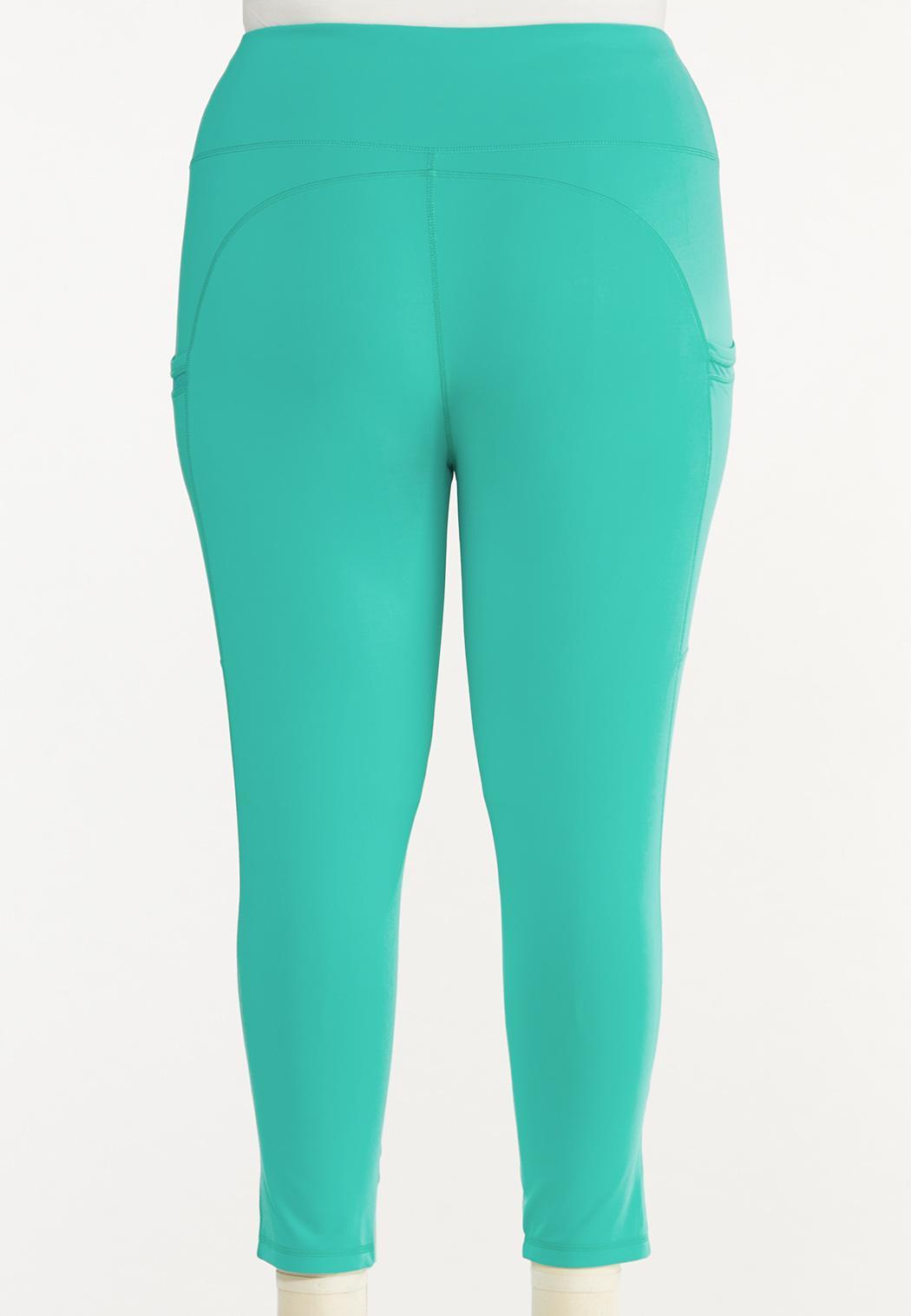 Plus Size Cropped Turquoise Leggings (Item #44548289)