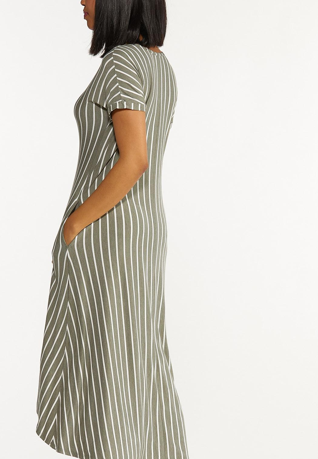 Plus Size Green Striped Midi Dress (Item #44552670)