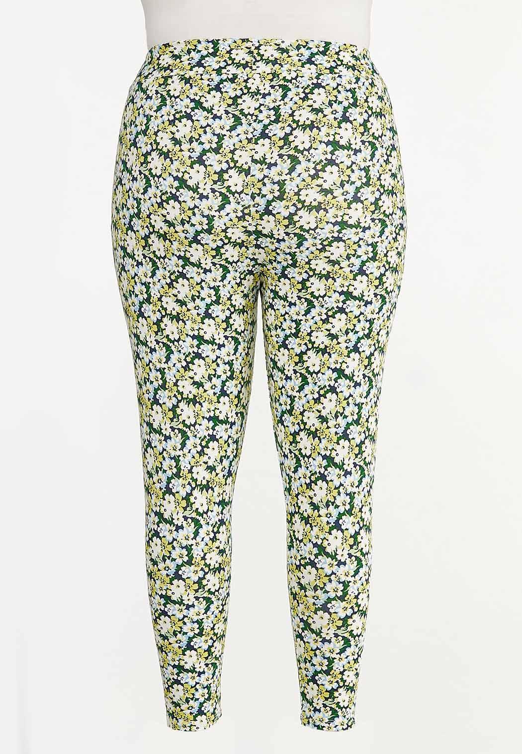 Plus Size Cropped Spring Floral Leggings (Item #44557720)