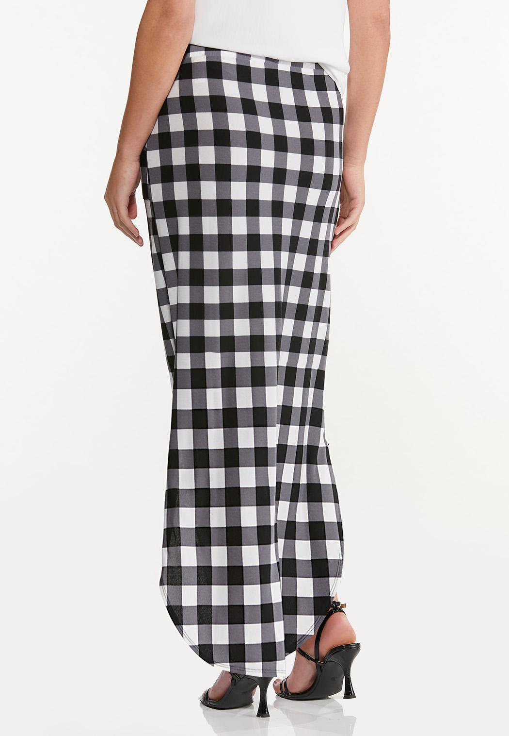 Plus Size Gingham Maxi Skirt (Item #44558403)