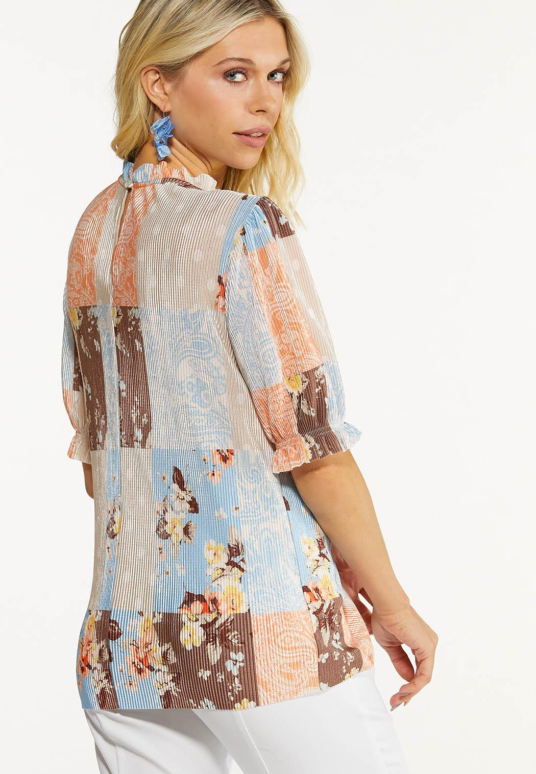 Plus Size Pleated Patchwork Top (Item #44559043)