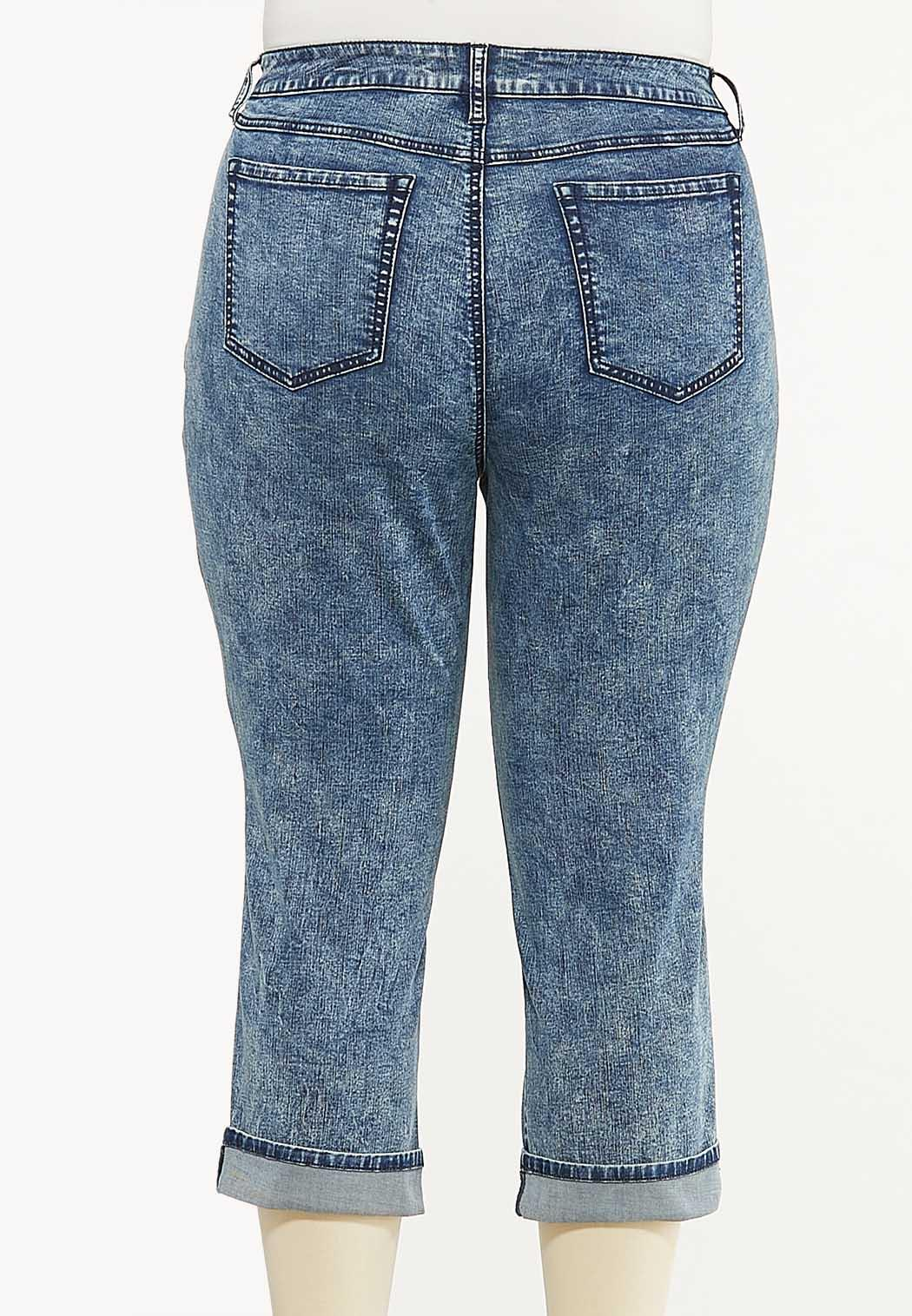 Plus Size Cropped Vintage Wash Skinny Jeans (Item #44568748)