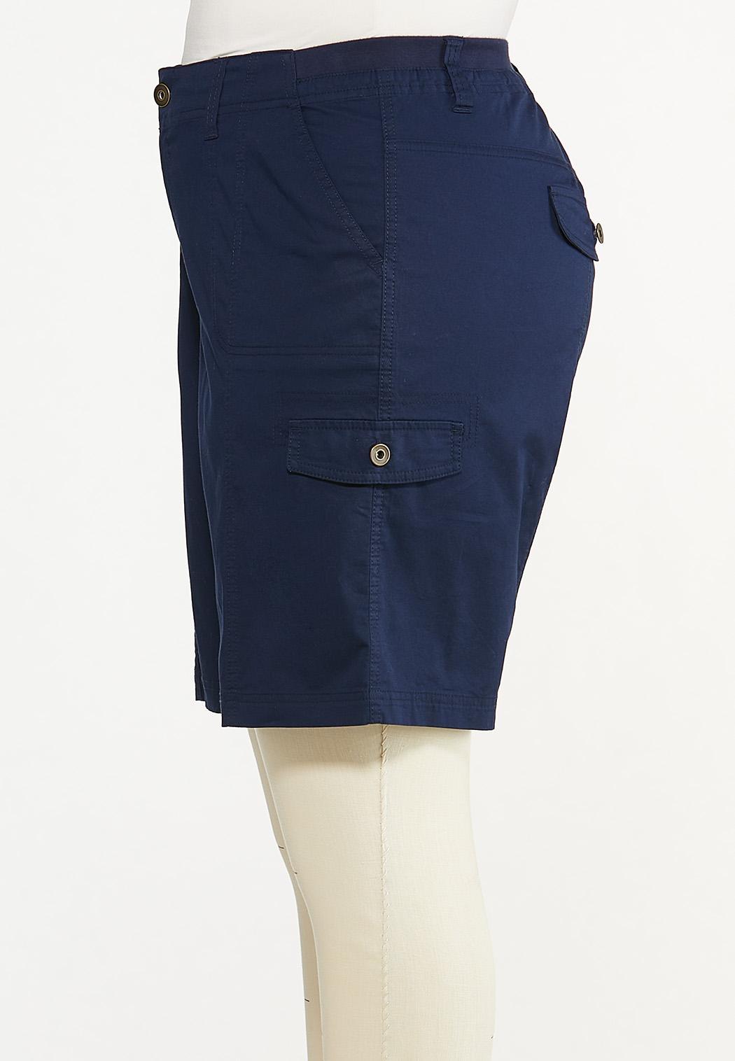 Plus Size Solid Cargo Shorts (Item #44569573)