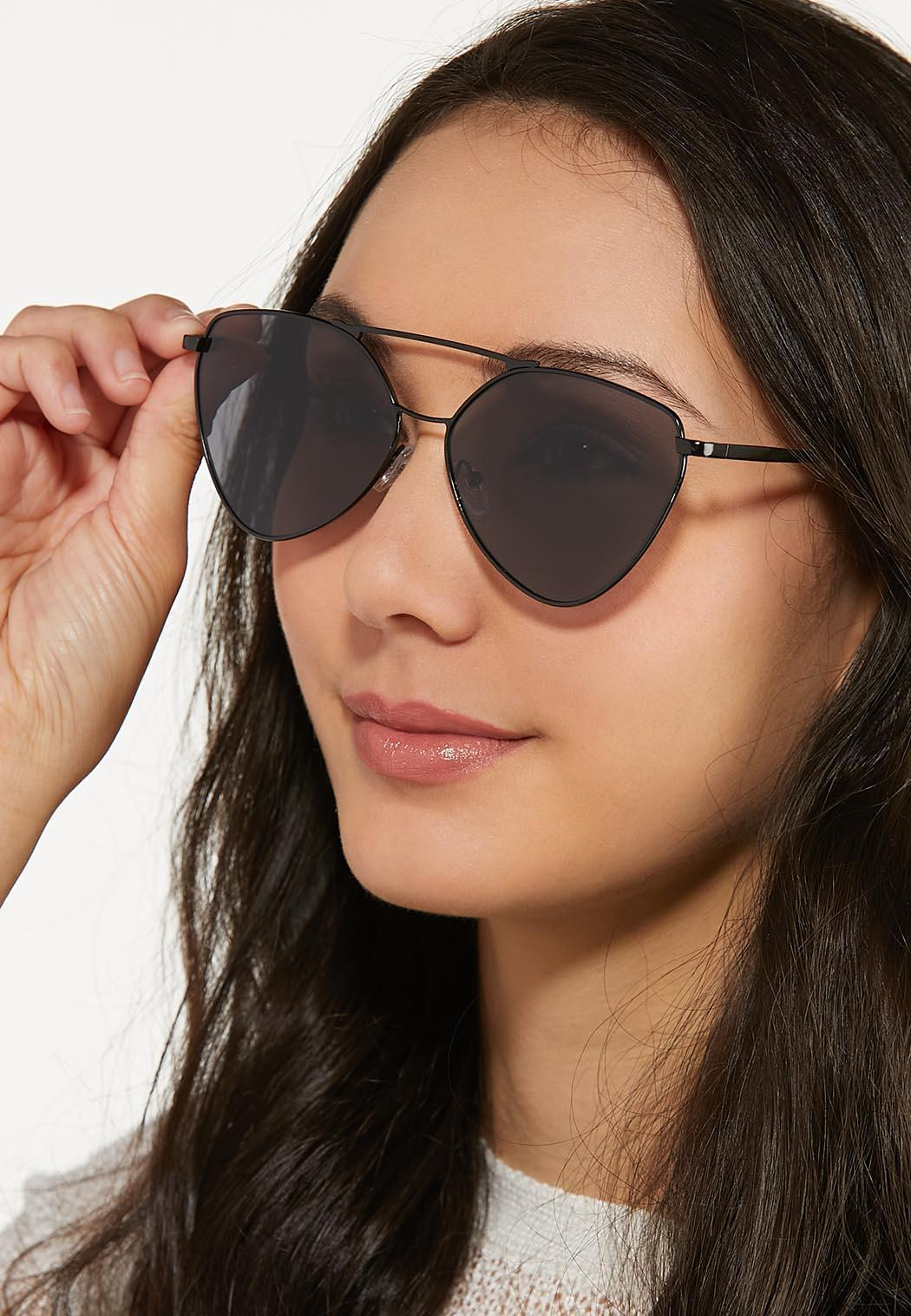 Black Aviator Sunglasses (Item #44580142)