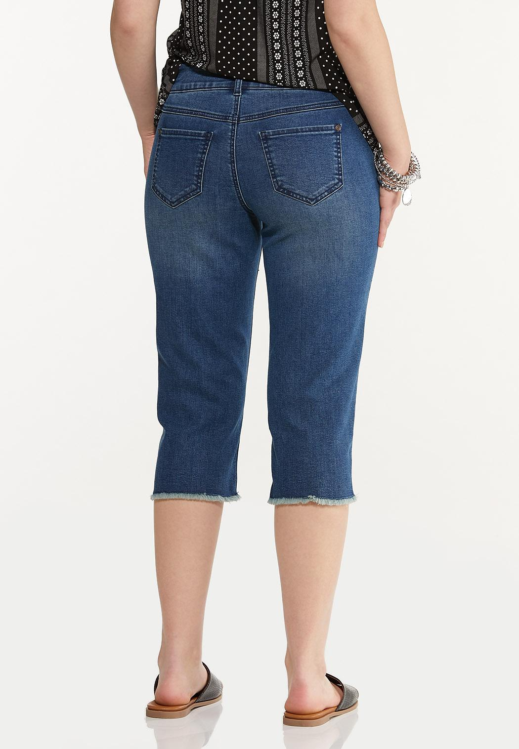 Cropped Frayed Jeans (Item #44587521)