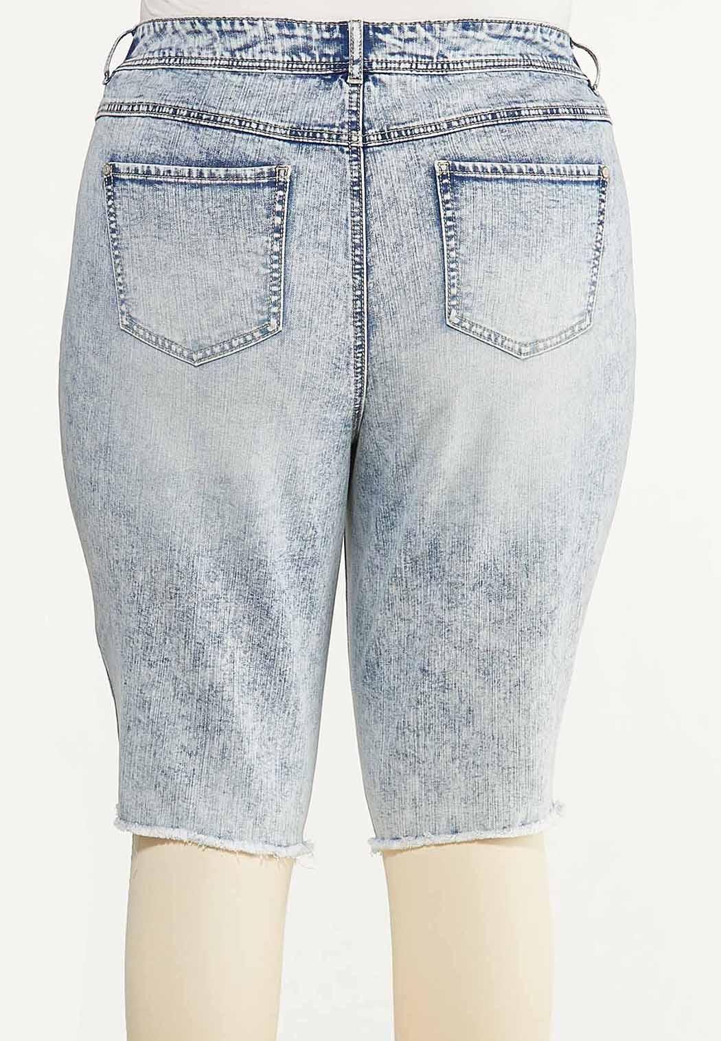 Plus Size Distressed Acid Wash Shorts (Item #44593012)