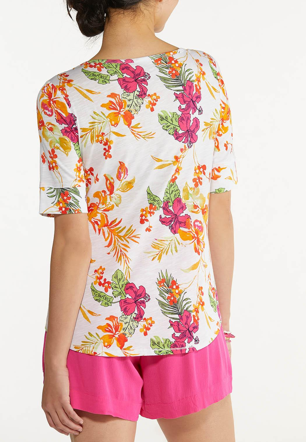 Plus Size Pink Floral Tee (Item #44600209)