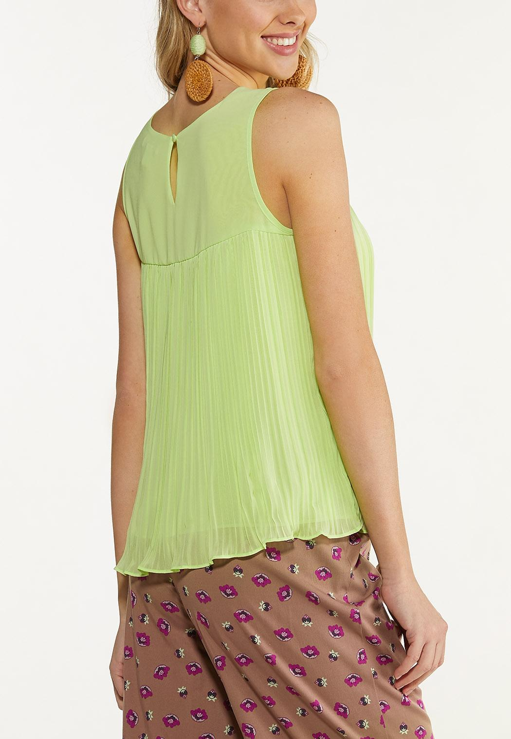 Plus Size Solid Pleated Tank (Item #44609675)