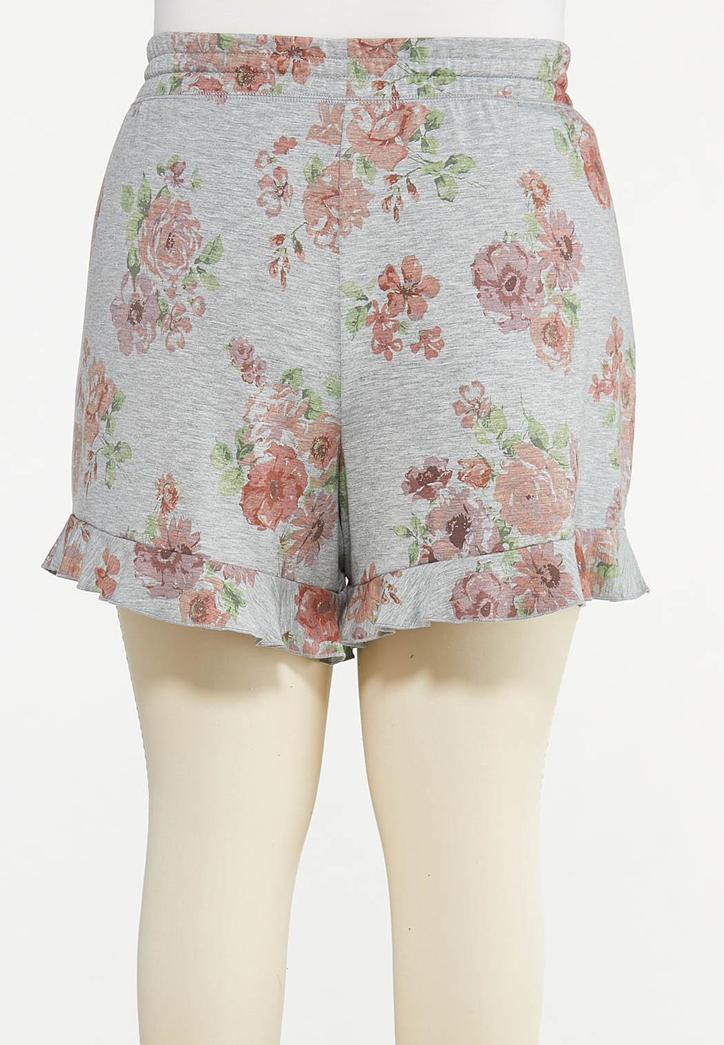 Plus Size Ruffled Floral Shorts (Item #44613549)
