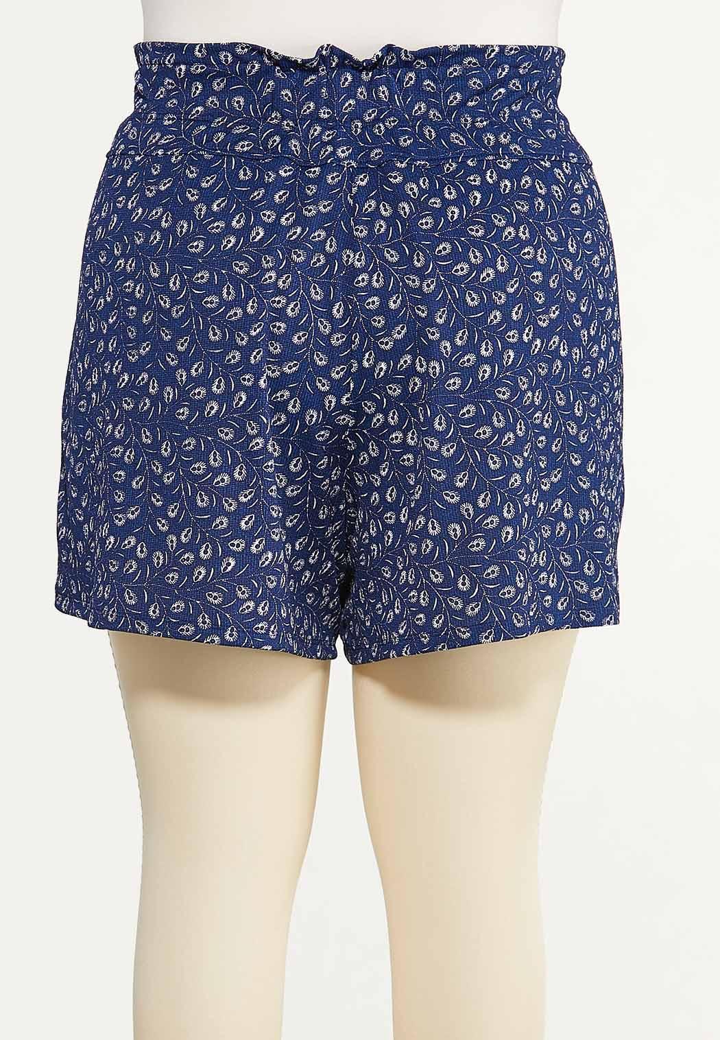 Plus Size Feather Gauze Shorts (Item #44614766)
